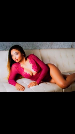 Bruyere escort in Vallejo California
